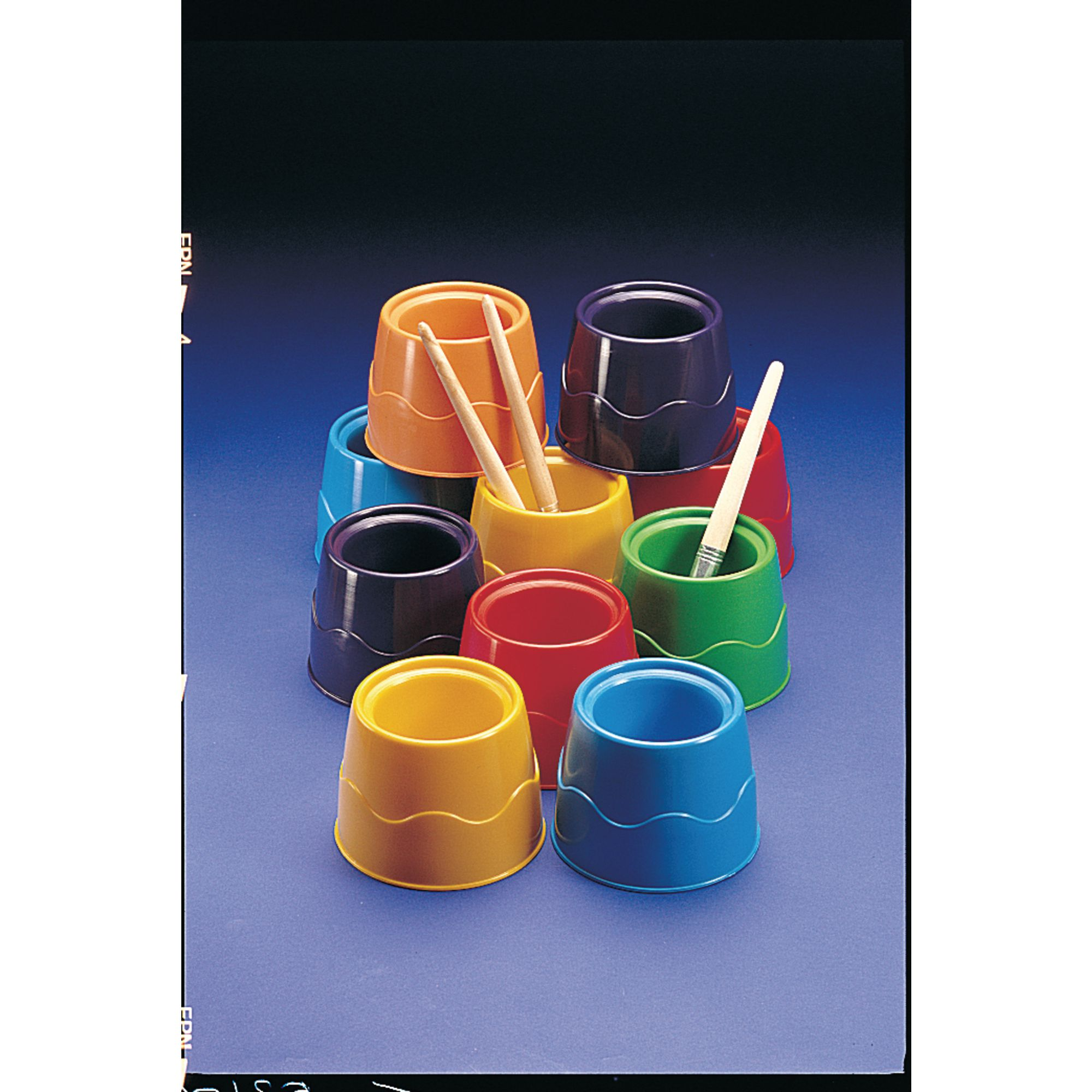 Stable Water Pots Pk 12